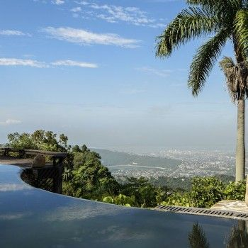 Strawberry Hill Resort*****